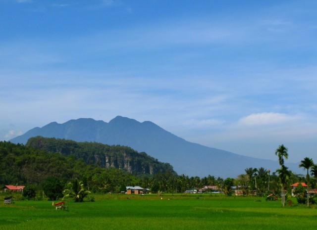 Из Харау виден вулкан Мерапи