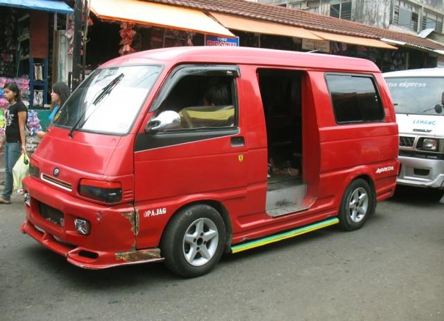 Опелет - индонезийская маршрутка