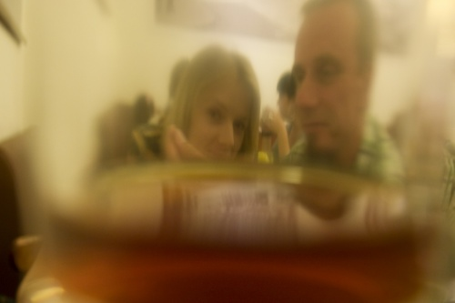 Дана и Котя в стакане чая