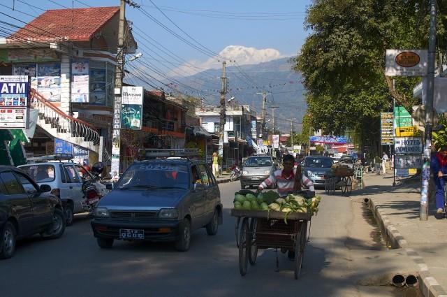 Улица Лейк-сайд в Покхаре
