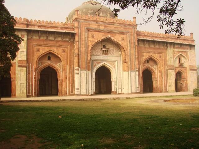 мечеть Шер-шаха Кила-и Кухна