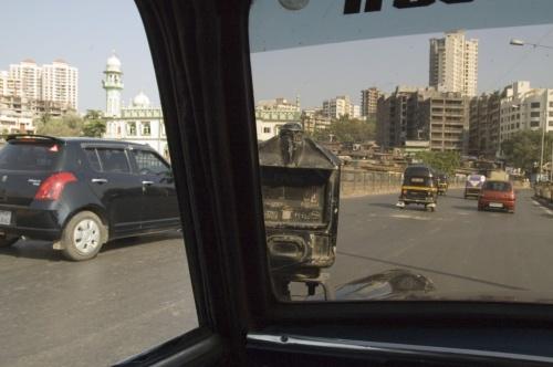 Мумбайские такси (вид изнутри)