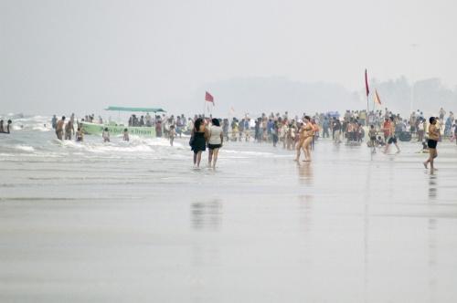 Индусы на пляже (ближе к Колве)