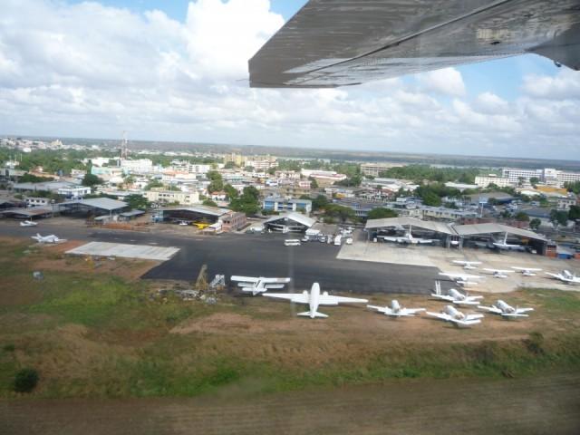 аеропорт С.Б.