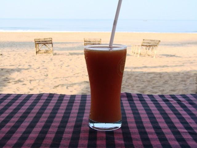 Пьем утренний сок и в океан (а вы что подумали?)