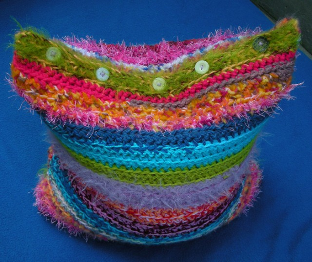 свитер для подушки:)