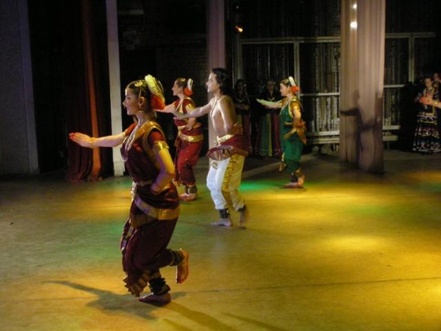 танец ТИЛАНА