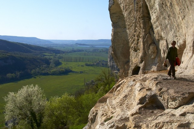 Верхние этажи пещерного города Качи-Кальон