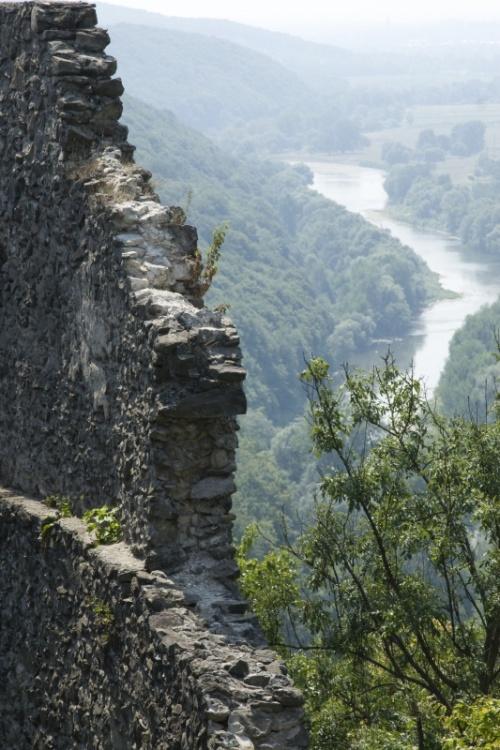 Башня-стена Барбакан