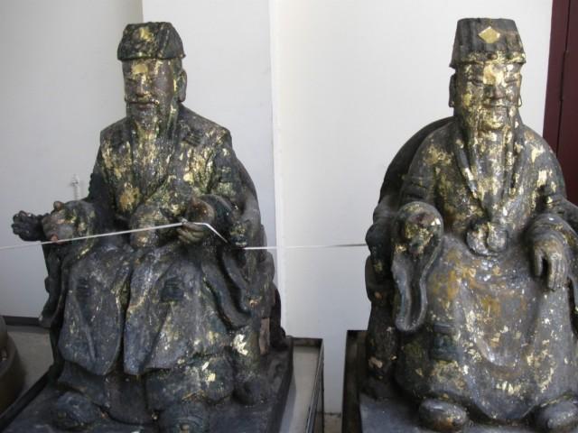 Китайцы из Ват Тримитра