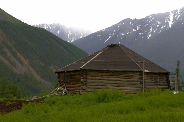 Алтайское национальное жилье - аил