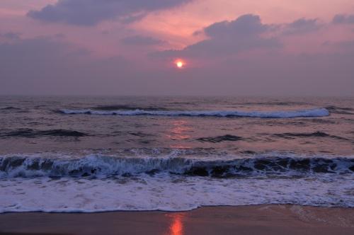 Маммалапурам. Океан на рассвете