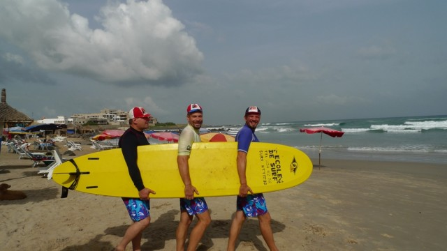 финско-украинская сборная на кубке Сенегала по серфингу