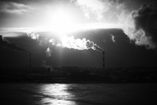 над Ижевском вспыхнуло тысячекратное Солнце