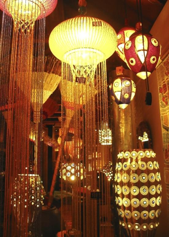 Волшебные лампы из цветного стекла