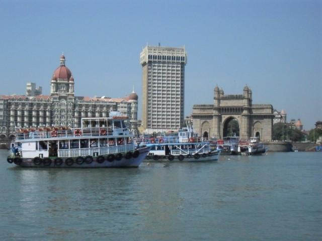 Вид на Мумбай с моря