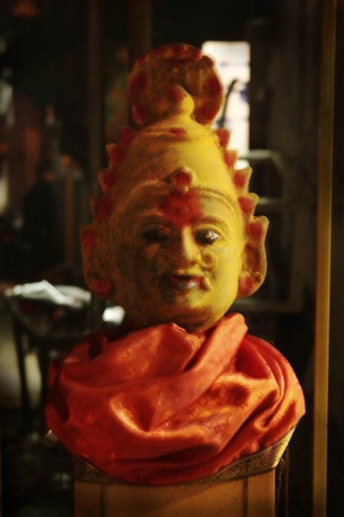 Будда. Или Кришна... )