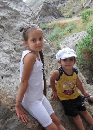 Санви и Сарвад