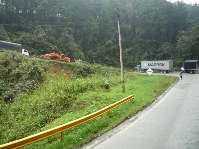 Колумбийские дороги - семь загибов на версту!
