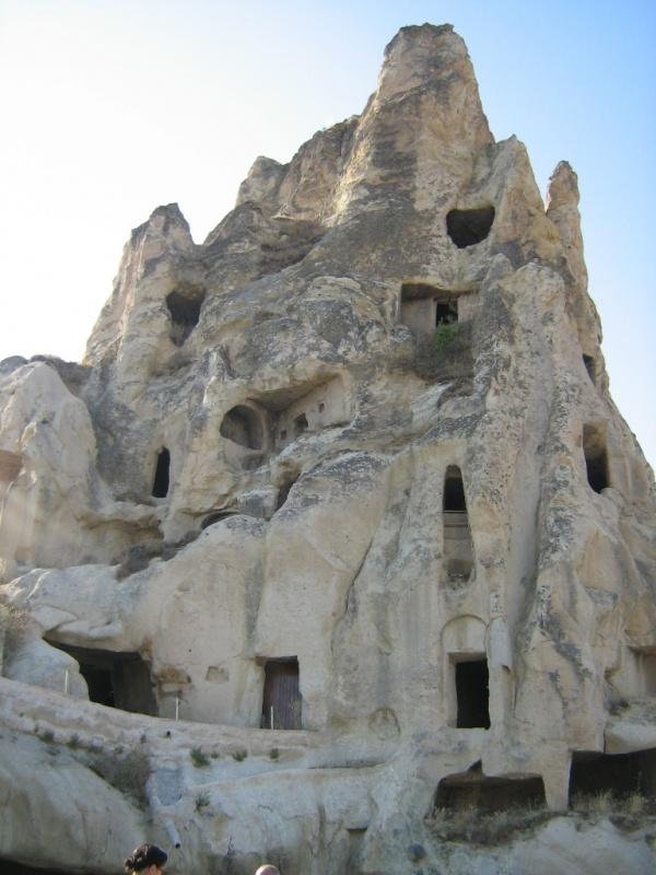 Местность Каппадокия. Сплошные порталы