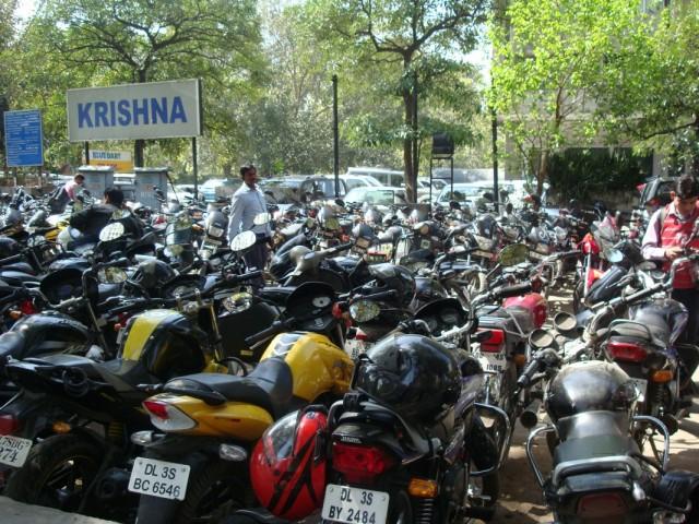 индийский паркинг (как они потом знают где чей?)