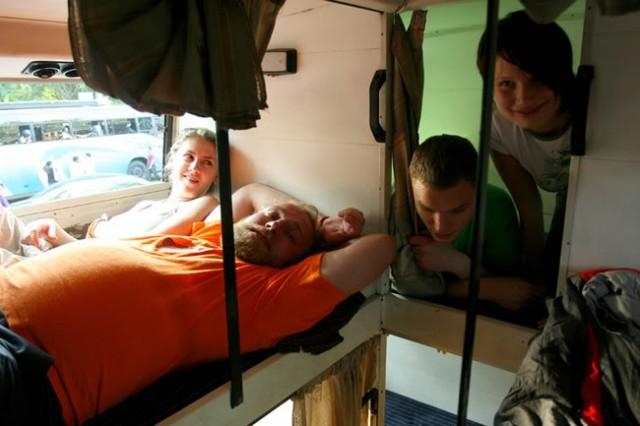 отличные ребята москвичи, встреченные на рейсе