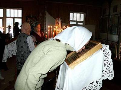 Православие. Раз в году поставить свечку, для некоторых это достаточно