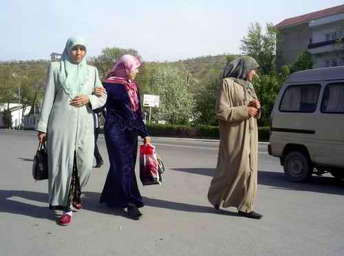 одежда верующих мусульманок в Средней Азии