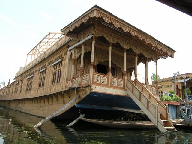 Дома-лодки