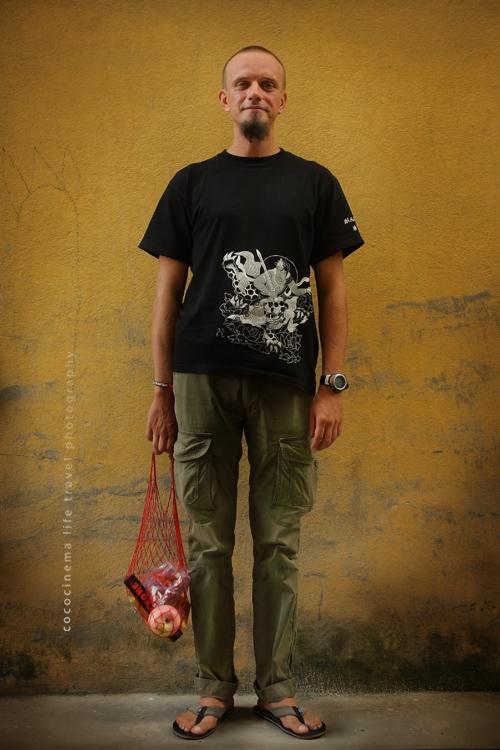 """фото на обложку """"Boudha Daily"""" - """"Котя из гастронома идет к одмину..."""" бай кокосинема ))"""
