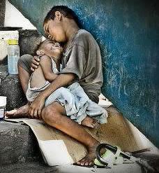 Любовь ни в деньгах... Только родному человеку ты нужен и без денег...