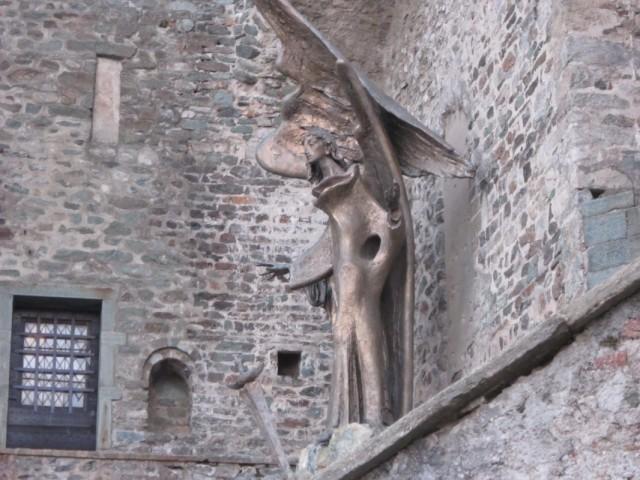Статуя Сан Микеле