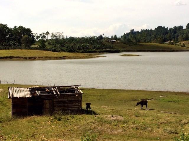Остров в озере на острове в озере на острове в океане