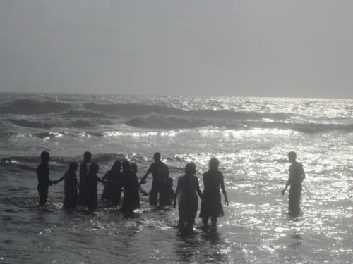 Люди и океан