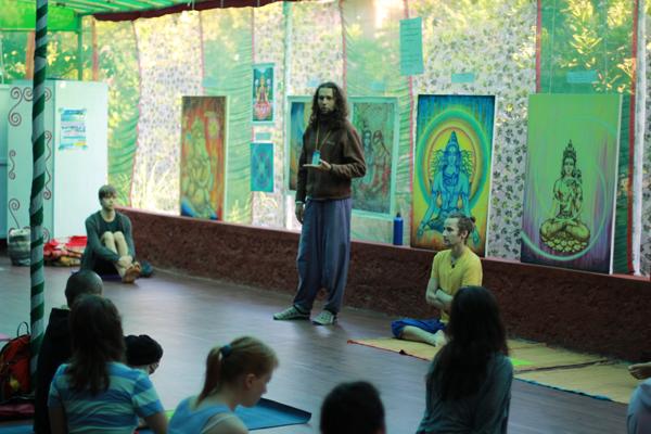 Виталий Литвинов просто прекрасный учитель йоги