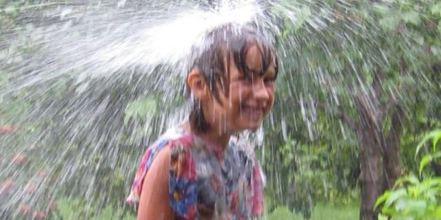 а иногда дождливым, как в тропиках