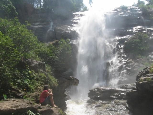 Вдохновляющий водопад