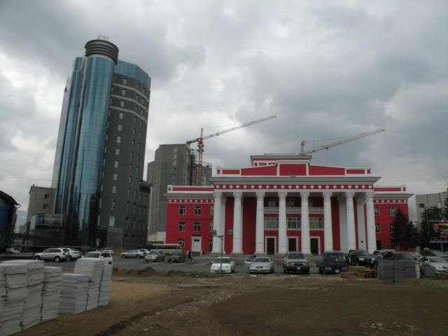 Типичный пейзаж Улан-Батора