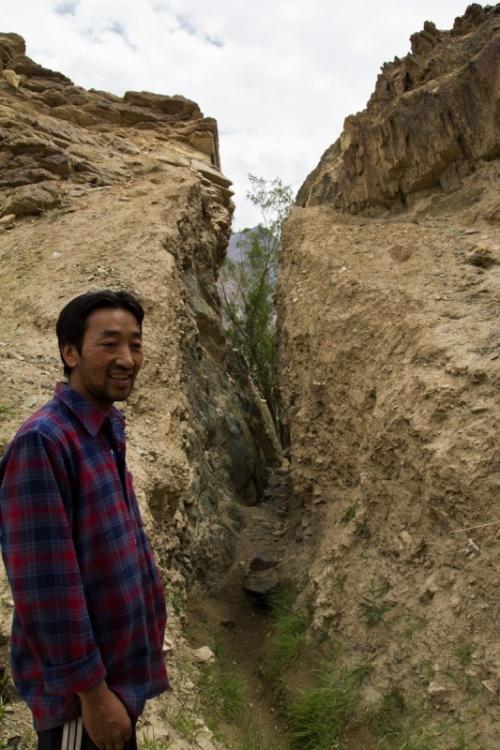 тот самый проход в камне. 7 лет, 5 метров