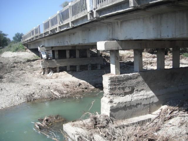 мост был под водой