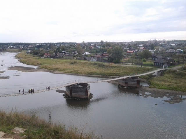 Мост в Верхотурье. Где-то тут золотишко мыли.