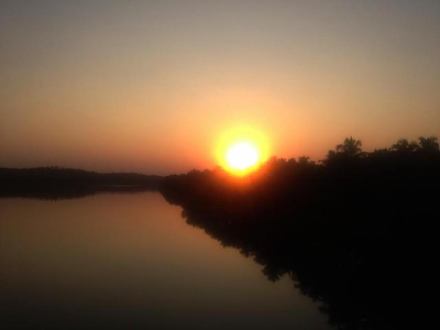 Закат на мосту
