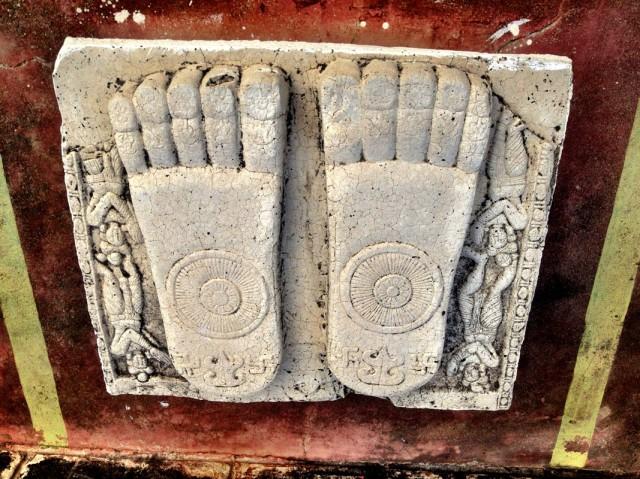 Сохранившиеся фрагменты ступы 02