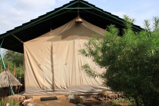 Амбосели. Наша палаточка