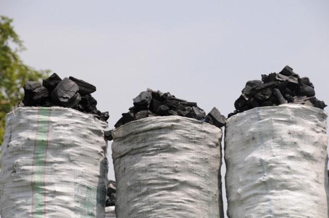 уголь из Уганды