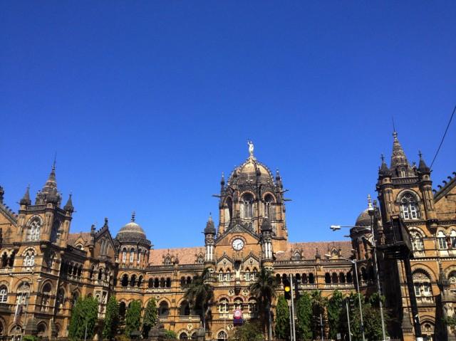 Мумбаи 18