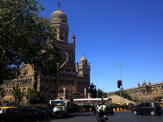 Мумбаи 19