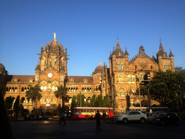 Мумбаи 42. Вокзал Чатрапати Шиваджи