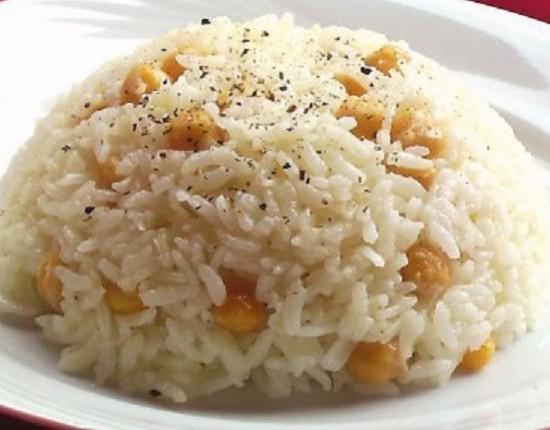 Рис с нутом - вкусный, но не вегетарианский