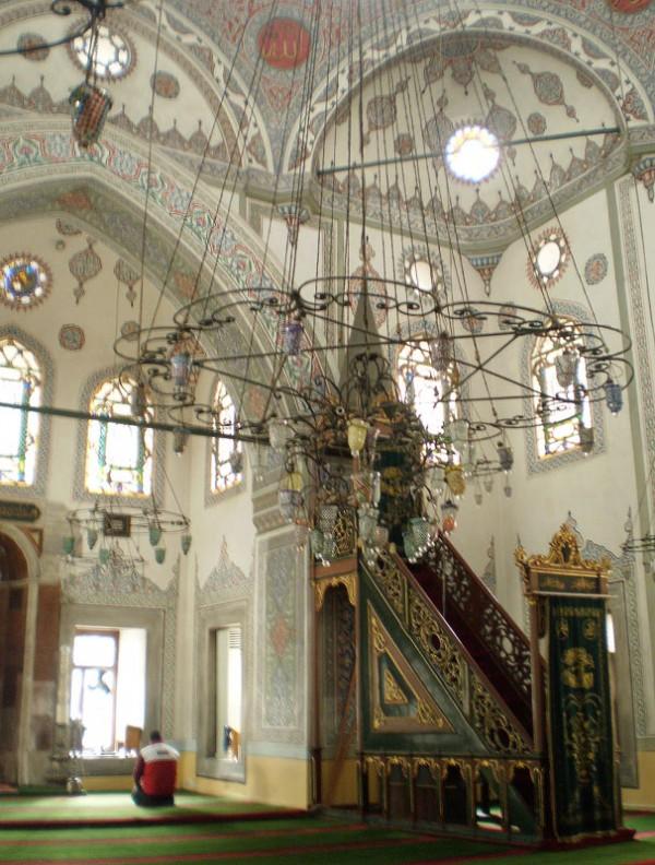 в Мечети Зейнеп Султан